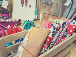 créations artisanales maroquinerie accessoire unique en liège et cuir fait main: