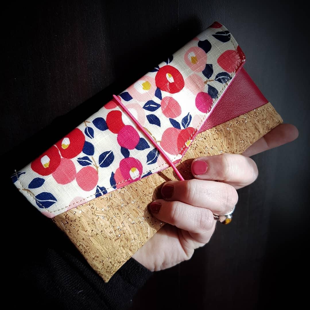 maroquinerie accessoire unique en liège et cuir fait main en bretagne : sac à main, trousse, pochette